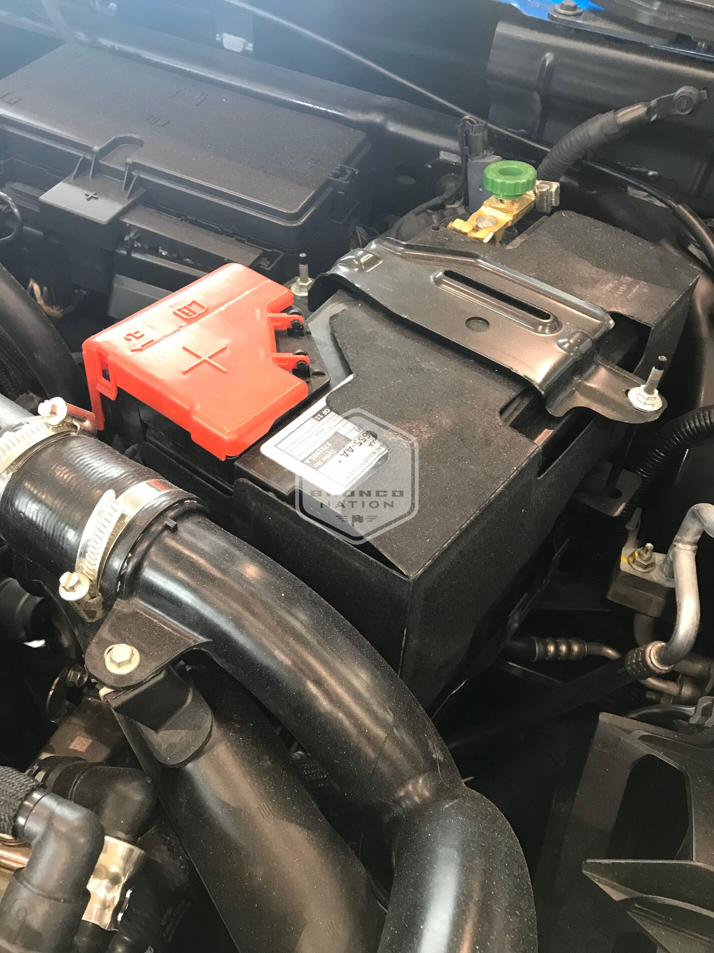 2.7L Engine Compartment 2021 Ford Bronco 4.jpg