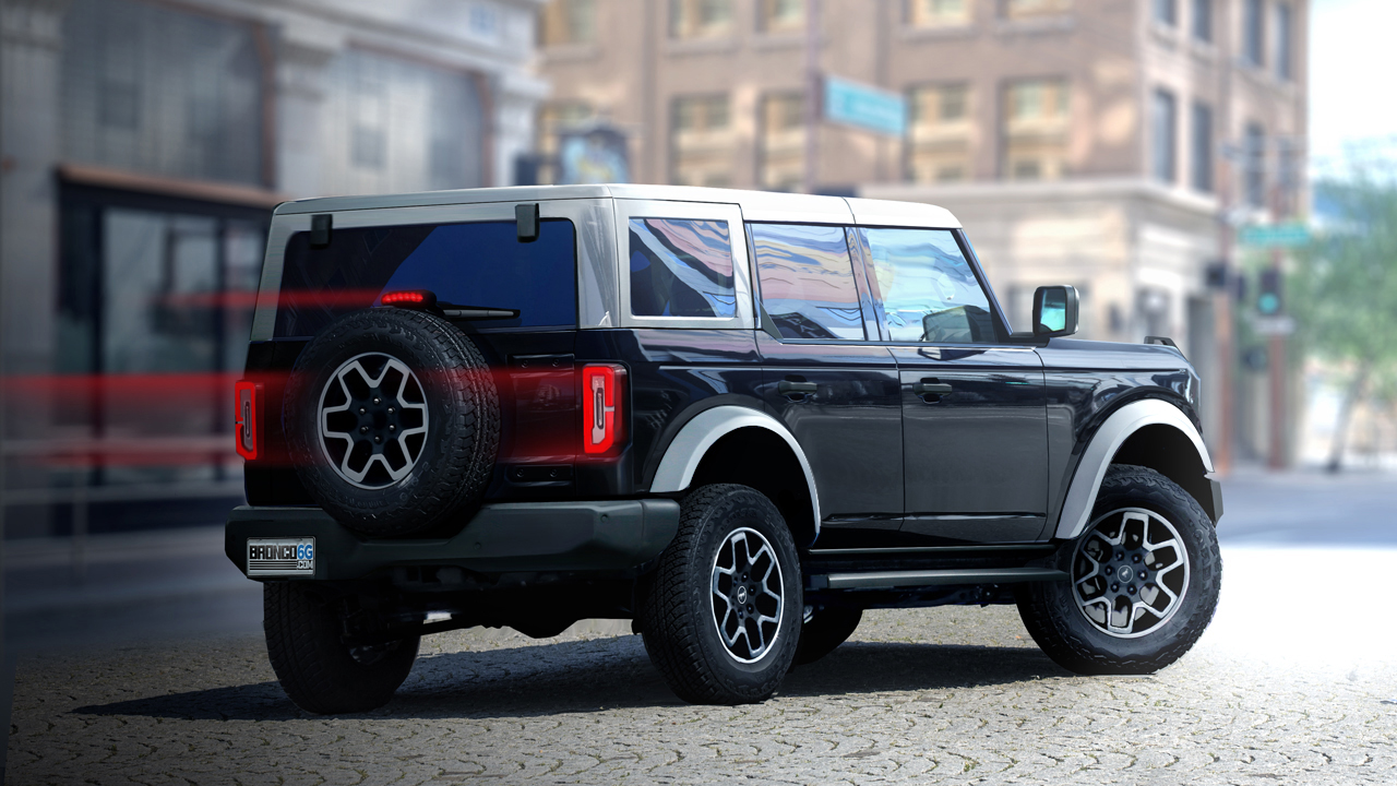 2021 Bronco-4-door_absolute-black-white-top-flares-grille.jpg