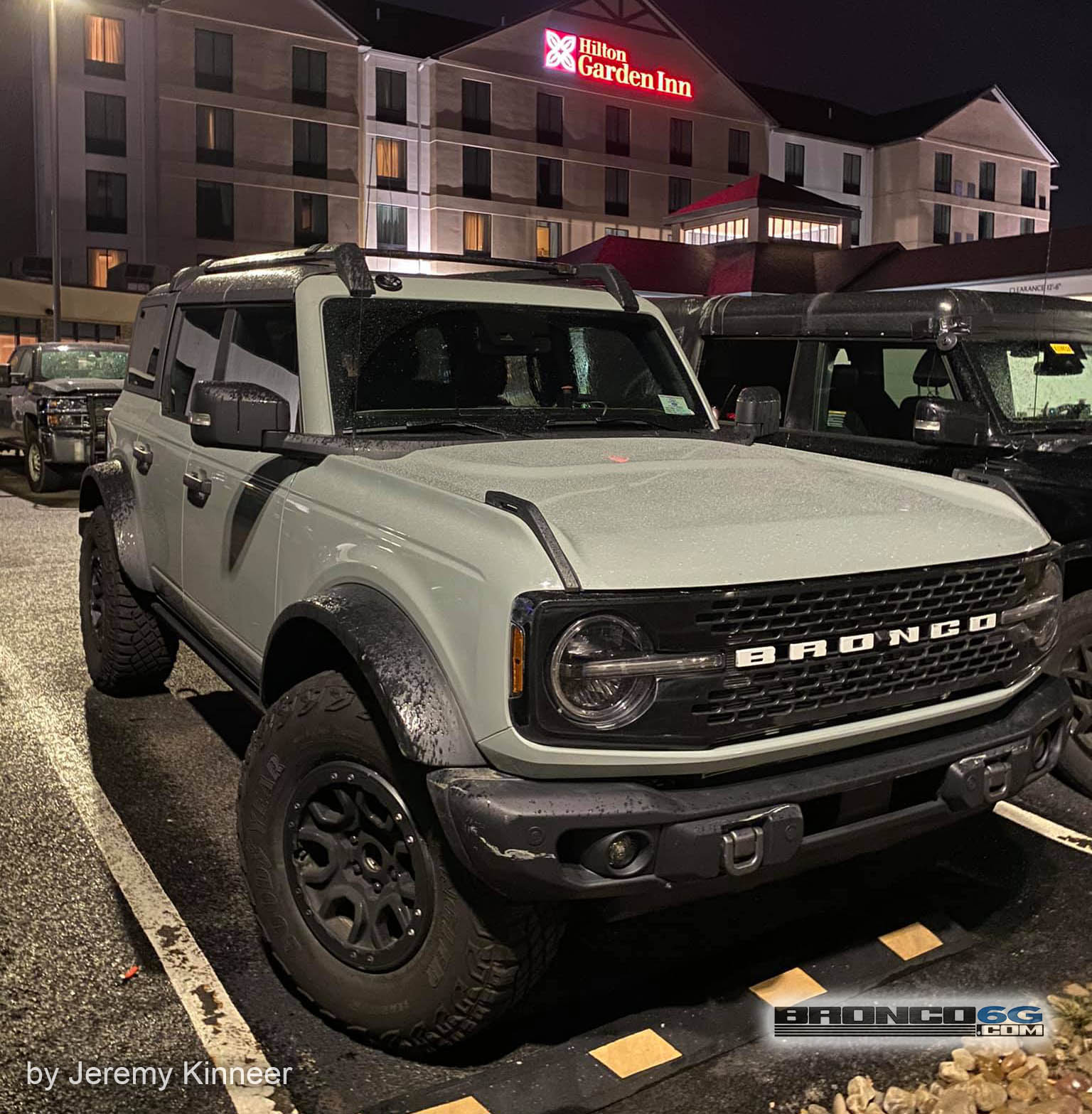 2021 Bronco Badlands Sasquatch Cactus Gray 118286310_2699625920286772_3748969195224342265_o.jpg