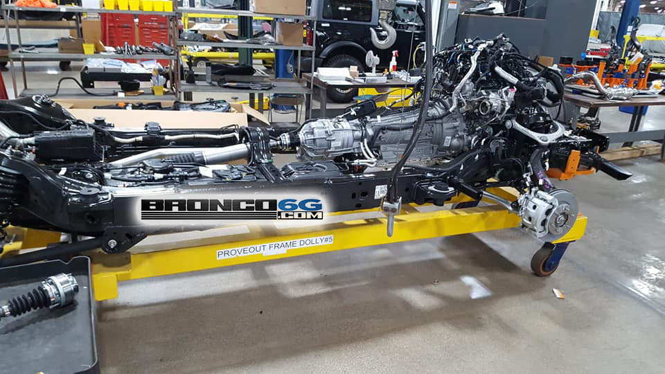 2021 Bronco engine transmission chassis drive shaft.jpg