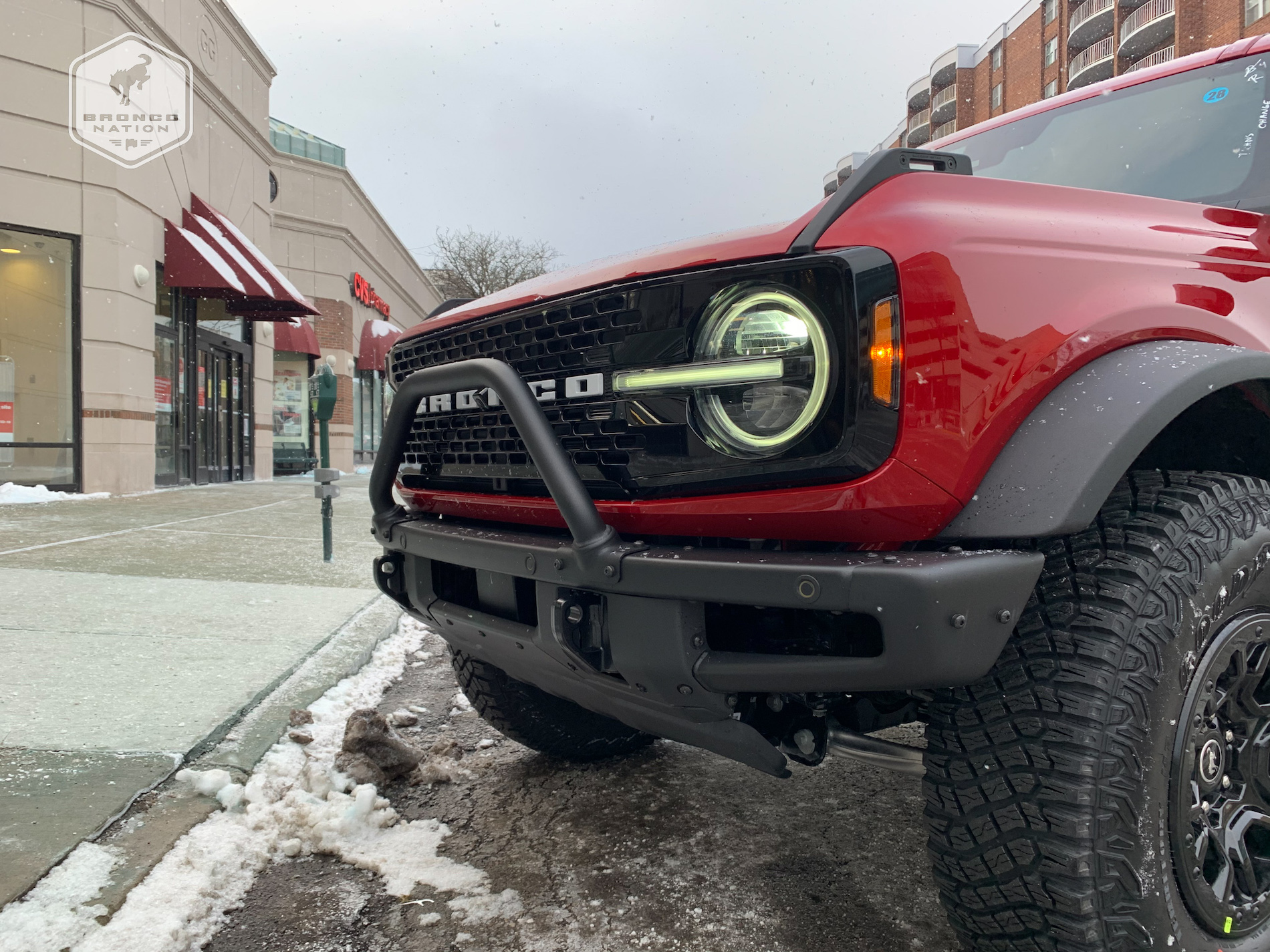 2021 Bronco First Edition Rapid Red 4-Door 5.jpg