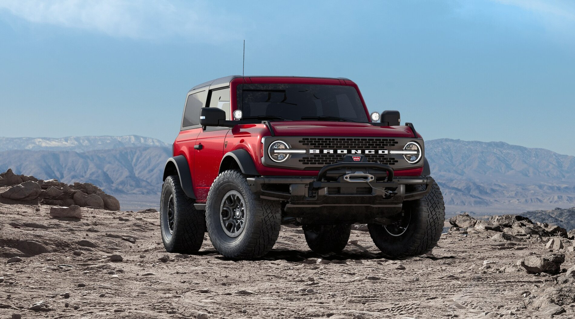2021 BRONCO FRONT WITH WINCH.jpg