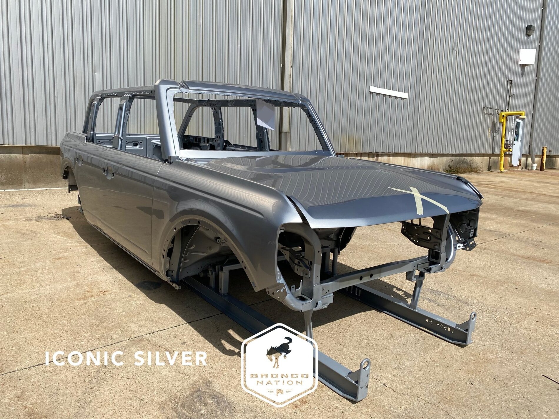 2021 Bronco Iconic Silver painted body sample.jpg