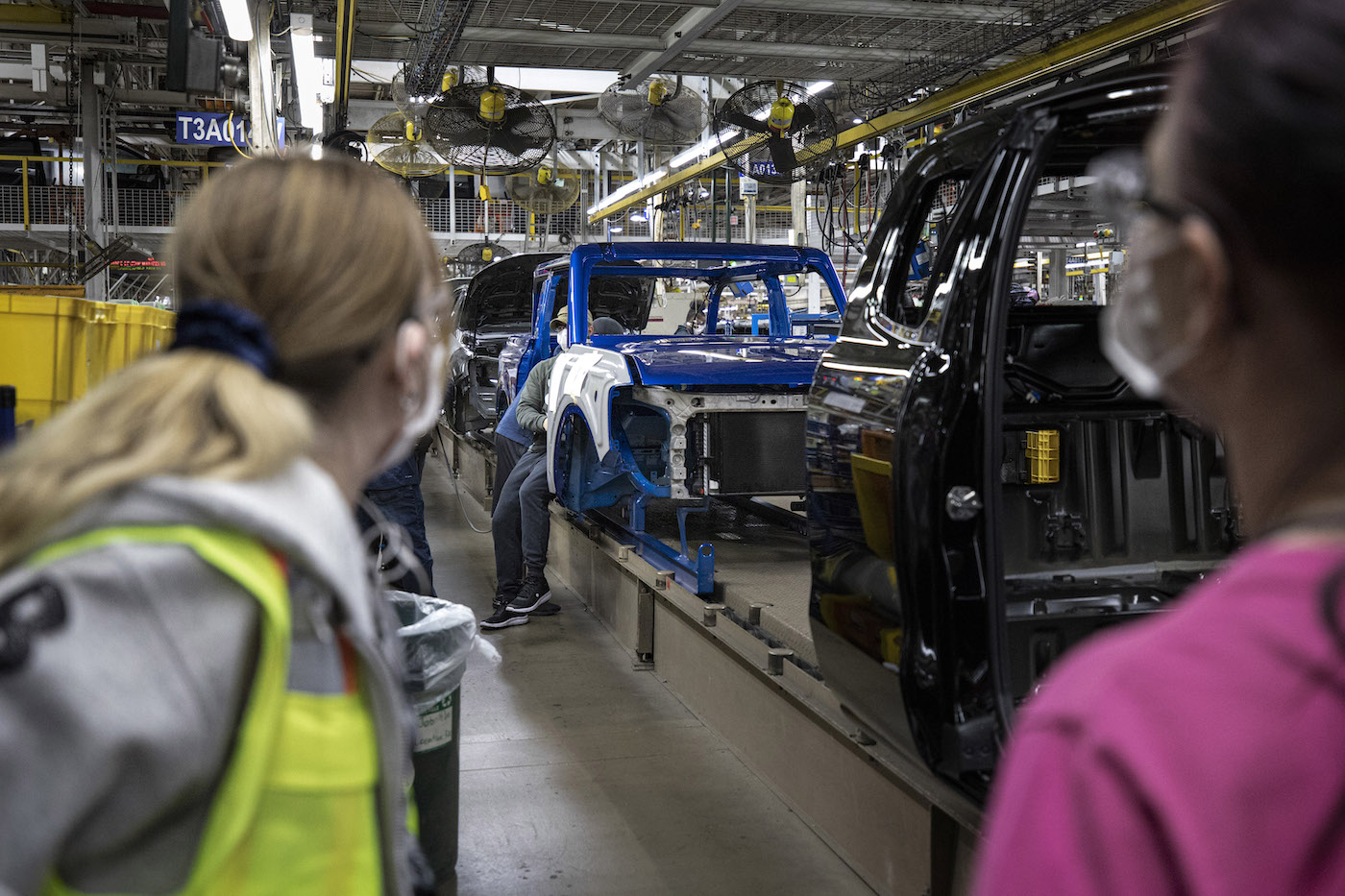 2021-bronco-production-michigan-assembly-plant-50.jpg