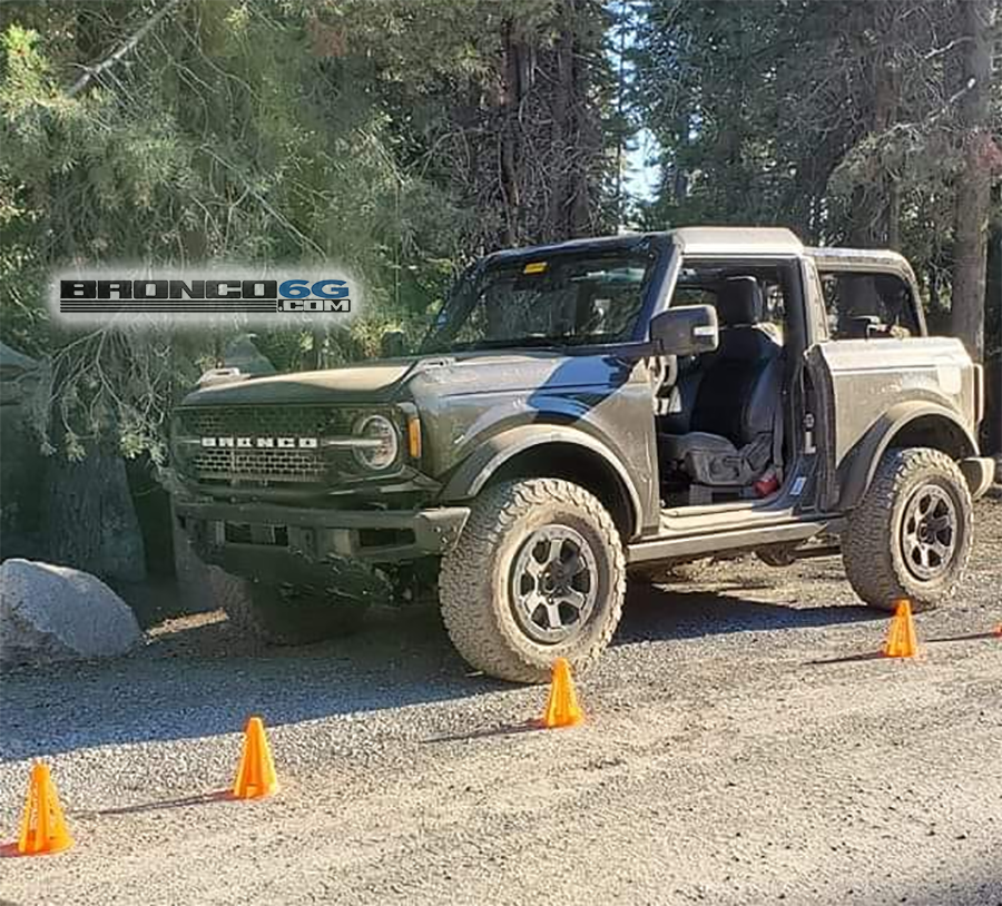 2021-bronco-rubicon-trail-11-png.png