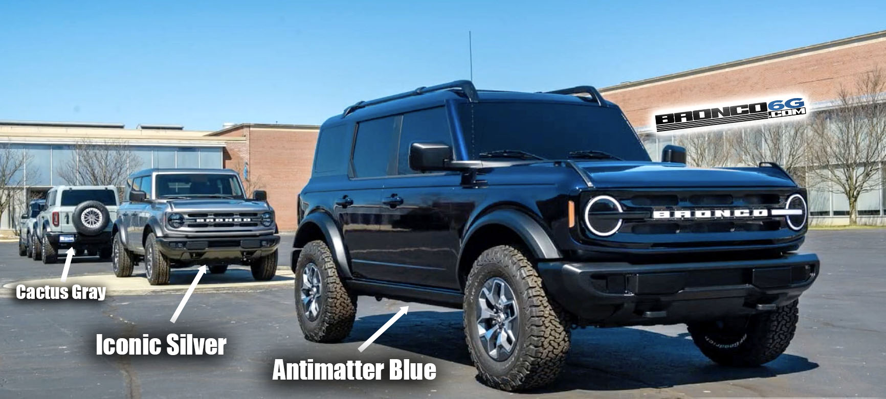 2021 Ford Bronco Antimatter Blue Iconic Silver Cactus Gray 2-door Bronco.jpg
