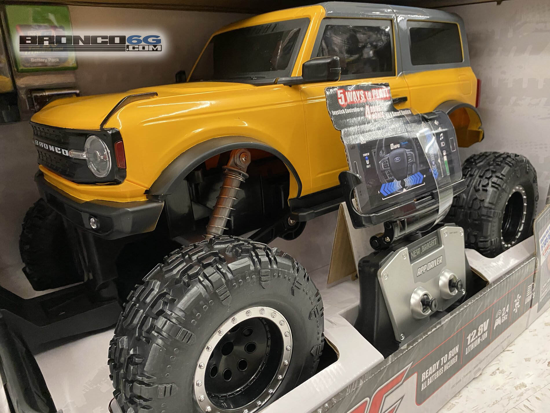2021 Ford Bronco RC remote control car 1.jpg
