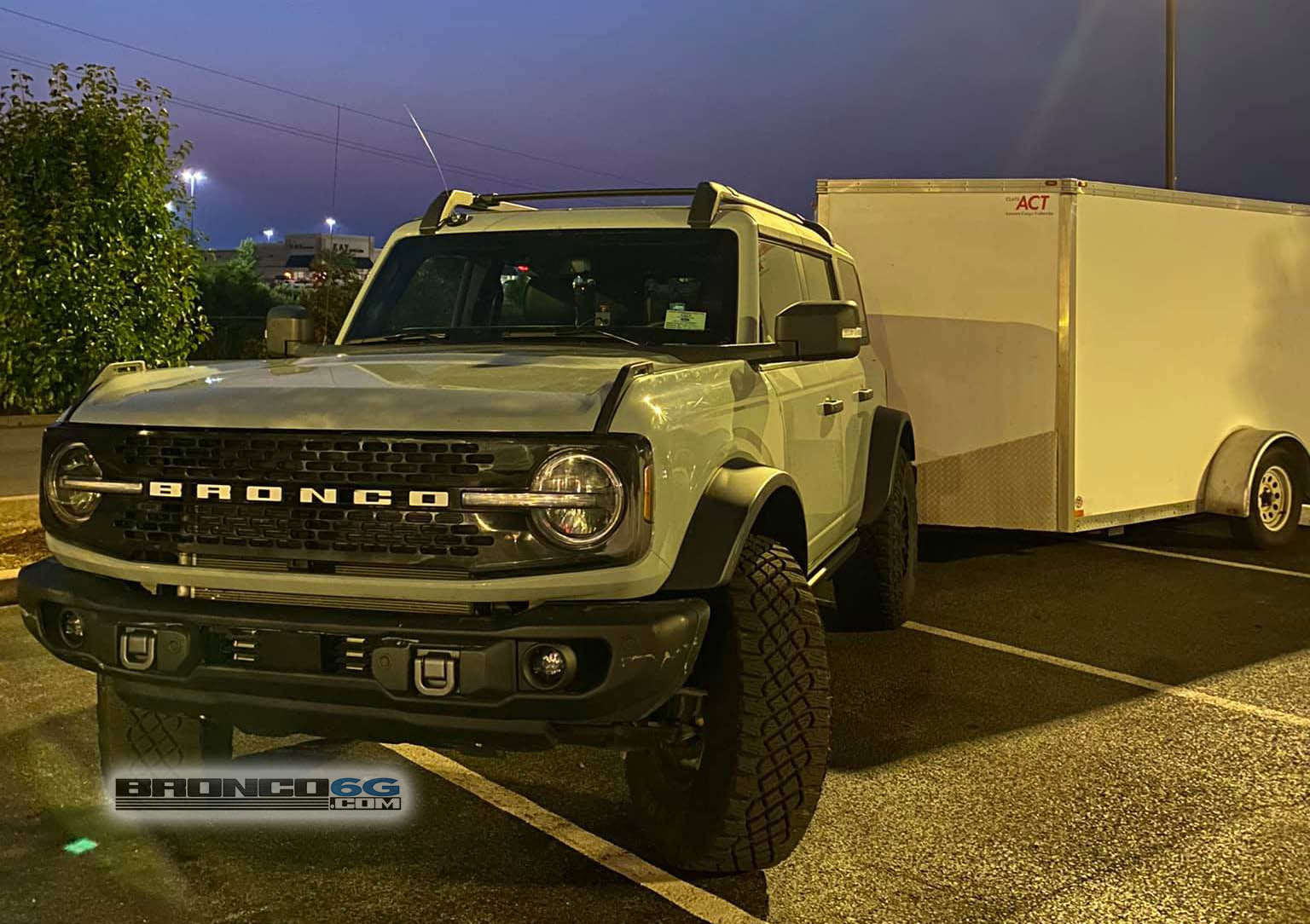 Cactus Gray 2021 Bronco Sasquatch Towing Trailer.jpg