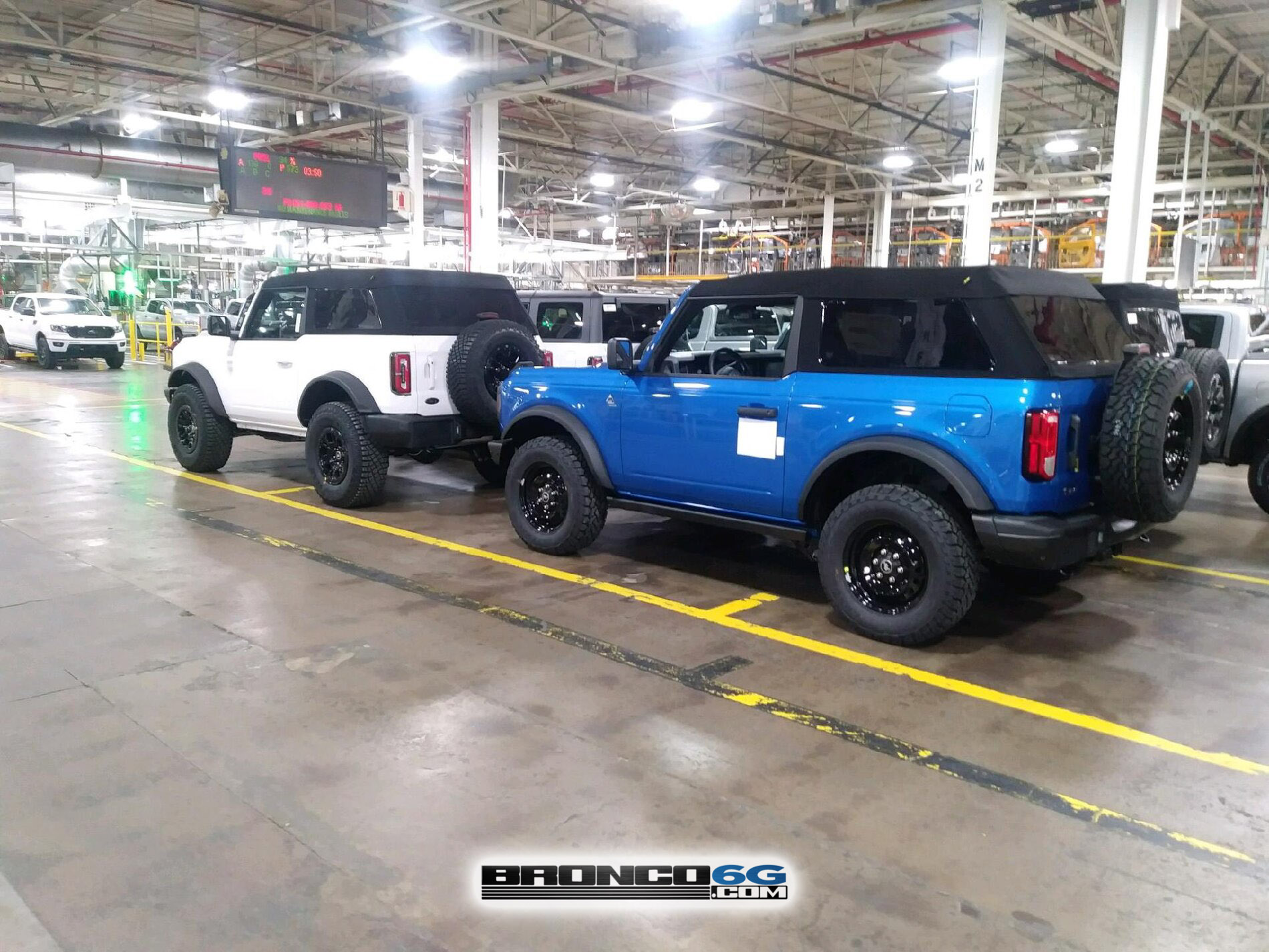 Fastop Fastback Top 2021 Bronco factory MAP aseembly 1.jpg