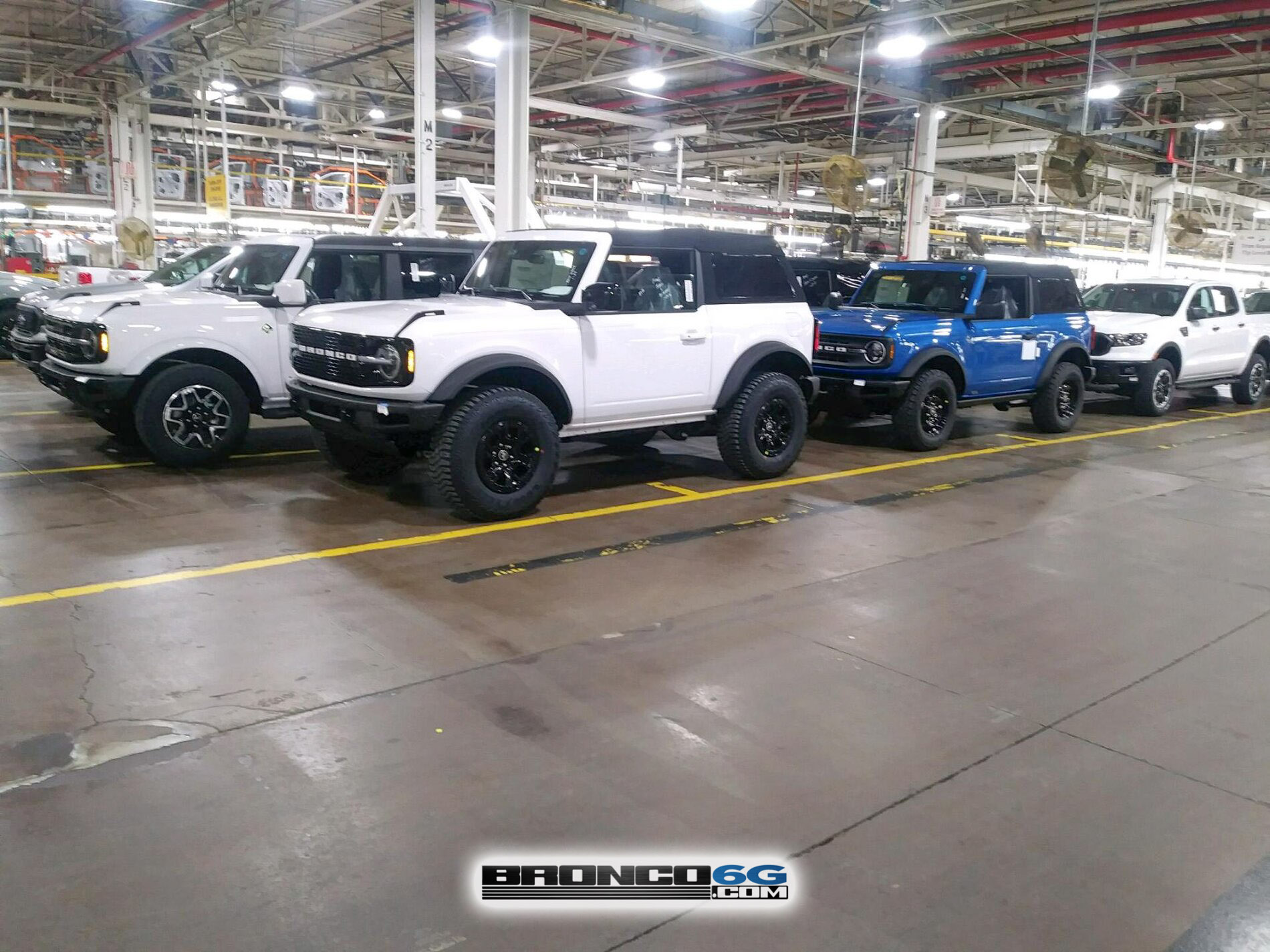 Fastop Fastback Top 2021 Bronco factory MAP aseembly.jpg