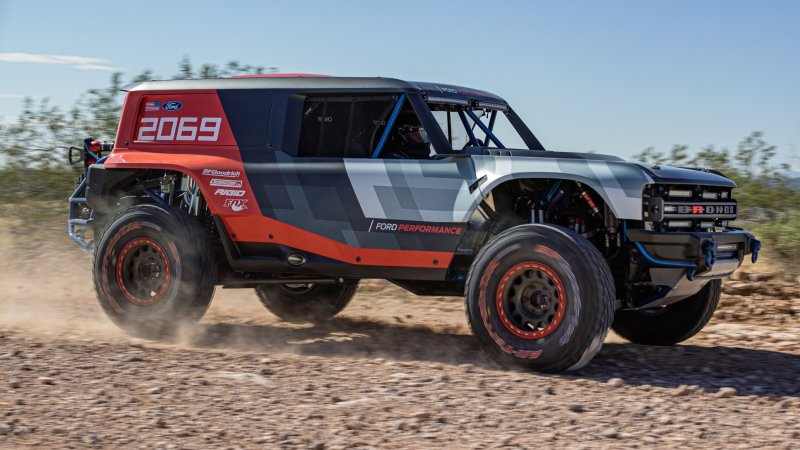 Ford-Bronco-R-Prototype-06.jpg
