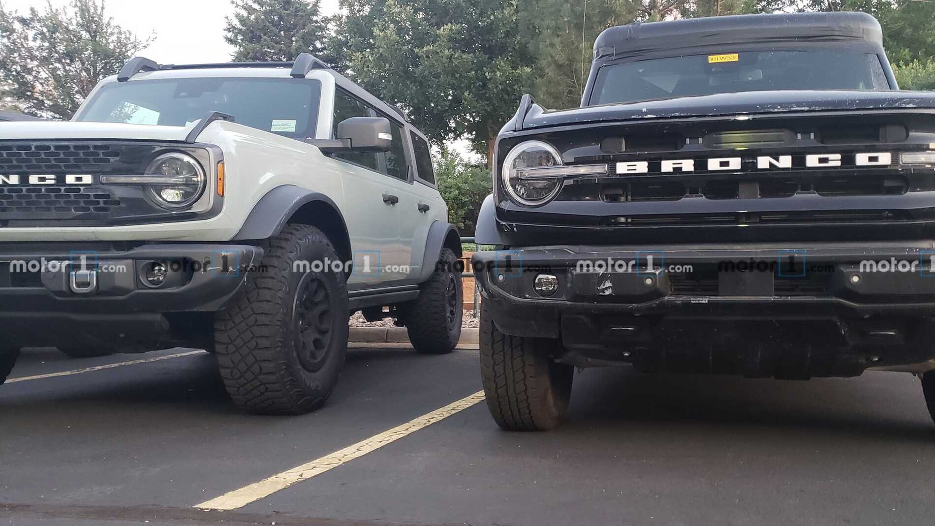ford-bronco-sasquatch-comparison-front-2-jpg.jpg