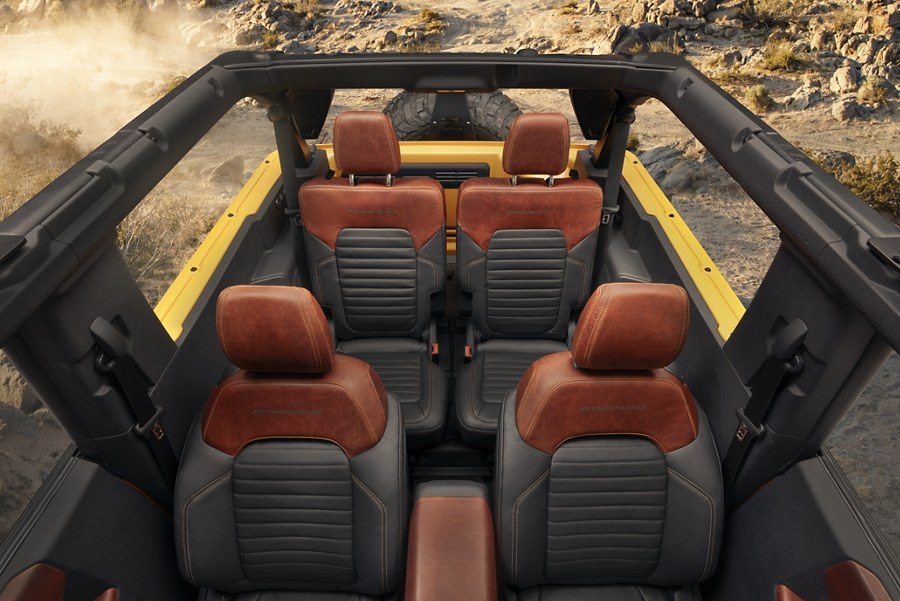 FRONT_BACK_SEATS_C2.jpg