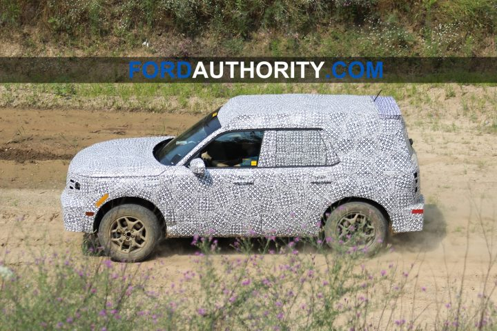 Future-Baby-Ford-Bronco-Prototype-Testing-July-2019-Exterior-010-720x480.jpg