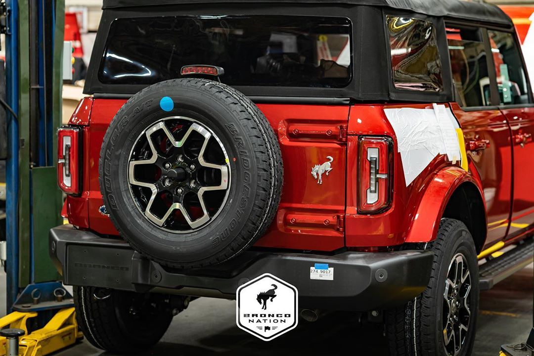 Rapid Red 2021 Ford Bronco Badlands Production Factory.jpg
