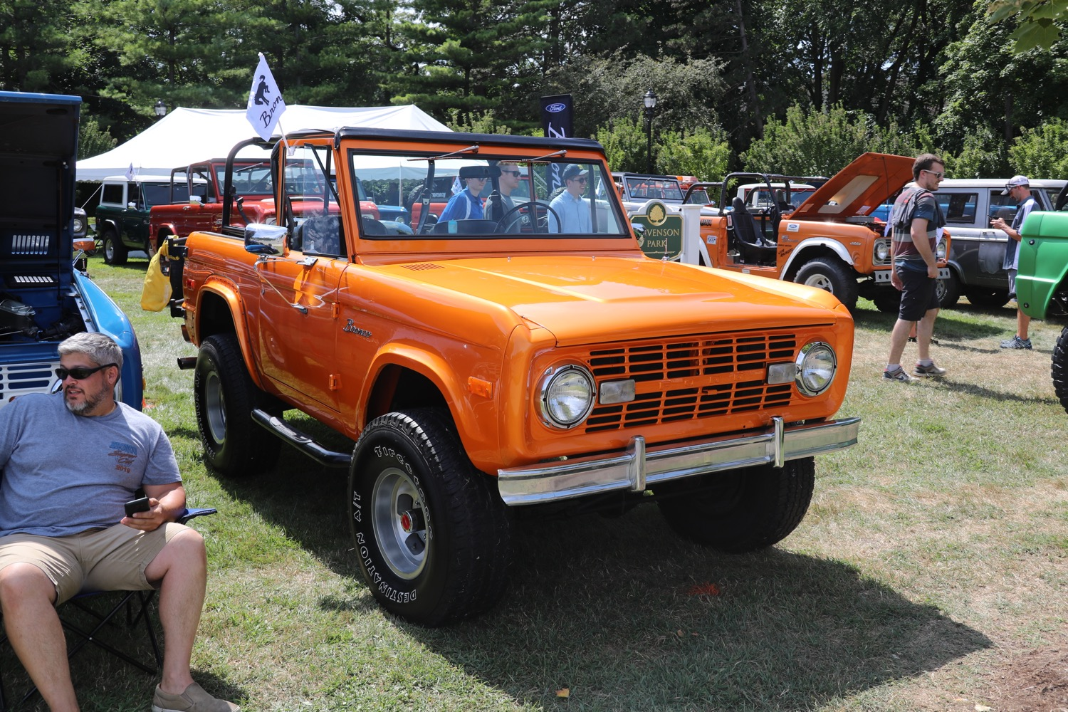 Woodward Ford-Bronco-Exhibit-at-2019-Woodward-Dream-Cruise-0049.jpg